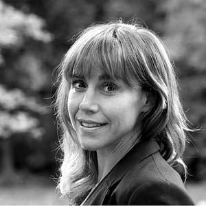 Suzanne Zelazo image